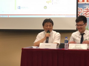 郭匡義律師(左)於發布會上,分享訂立遺囑和持久授權書的作用及法律程序,讓公眾人士認識相關的法律知識。