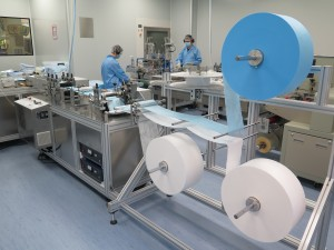 The 2 production lines were officially put into full operation in July. The medical masks produced by TWGHs have obtained ASTM I, II and III accreditation. Maximum monthly output is expected to reach 2.2 million pieces.