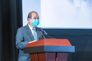 圖一:政務司司長張建宗, 大紫荊勳賢, GBS, 太平紳士為展覽開幕典禮致辭。