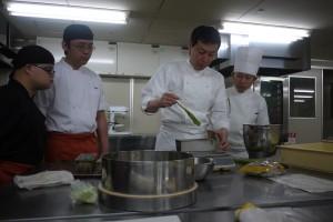 日本京都凱悅酒店首席餅師安田俊二先生培訓iBakery團隊的情況。