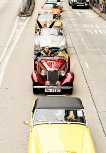 20輛老爺車在活動當日巡遊,沿路為「Cheer Up」城市定向比賽的參加者及各街站的義工打氣。