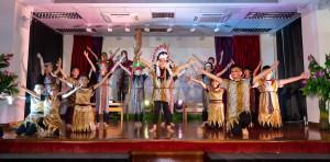 圖三:學生為60周年校慶表演,充分展現潛能。