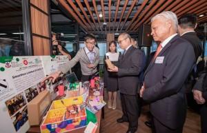 圖四及圖五為青年創業家分享創業心得和挑戰。