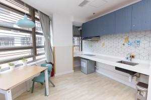 圖五為部分舍友房間內設置小廚房,讓有較高自理能力的舍友在督導下烹調,逐步增強其獨立生活技能。