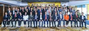 東華三院顧問局成員、董事局成員、歷屆主席、總理,以及各部門主管合照